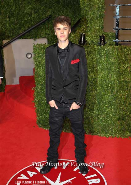 justin bieber and selena gomez vanity fair party. justin bieber and selena gomez