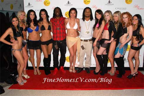 Jamaal Charles, Earl Thomas and Bikini Bowl Models