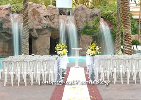Crescendo Pool Wedding Package