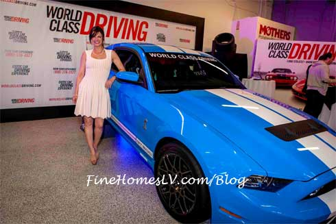 Carla Pellegrino and Ford Shelby GT 500