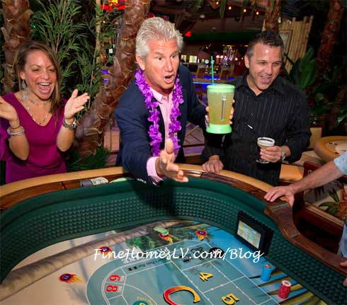 John Cohlan Rolls Dice at Margaritaville Casino