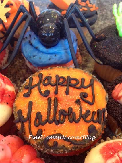 Halloween Cupcakes at The Cupcakery
