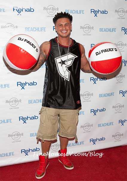 DJ Pauly D at REHAB