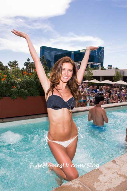 Audrina Patridge at WET Republic