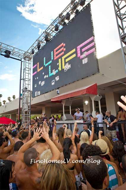 DJ Tiesto at WET Republic