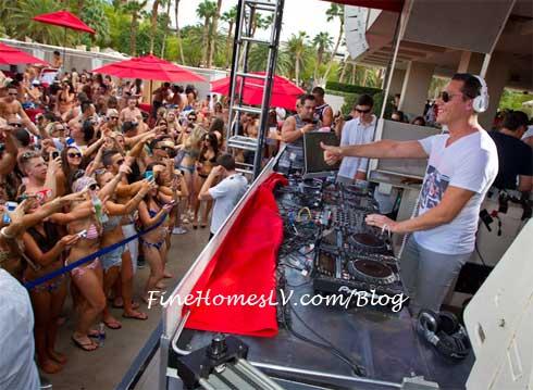 DJ Tiesto at WET Republic Las Vegas