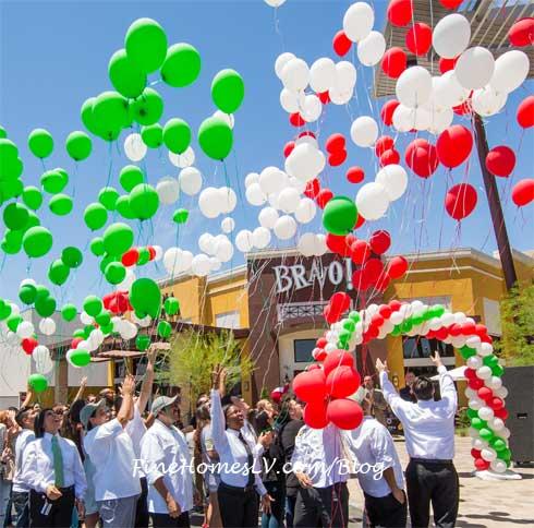 BRAVO Cucina Italiana Grand Opening Balloons Release