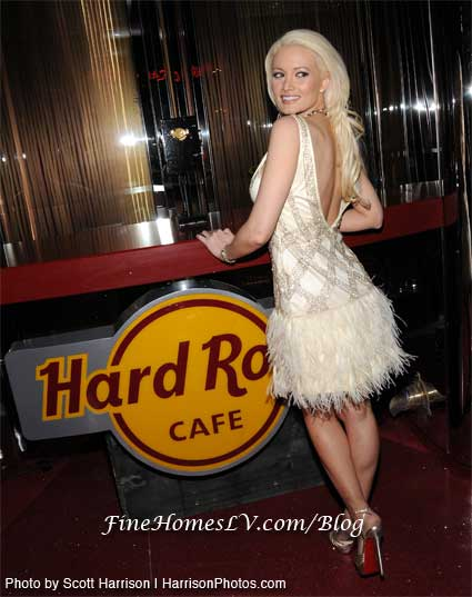 Holly Madison at Hard Rock Cafe