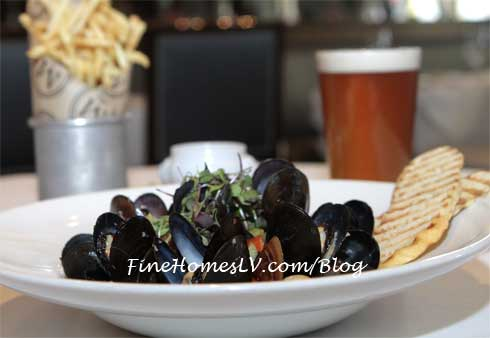 Mussels, Frites and Craft Beer at Morels Steakhouse
