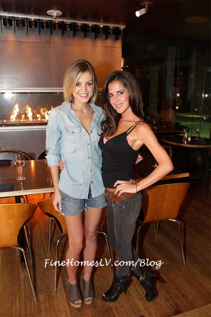 Kirsten Storms and Kelly Monaco