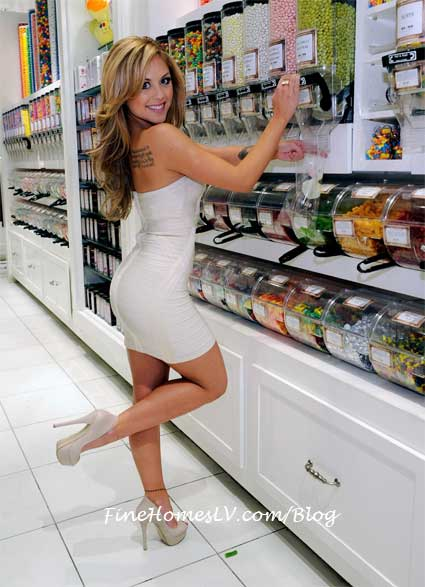 Brittney Palmer at Sugar Factory