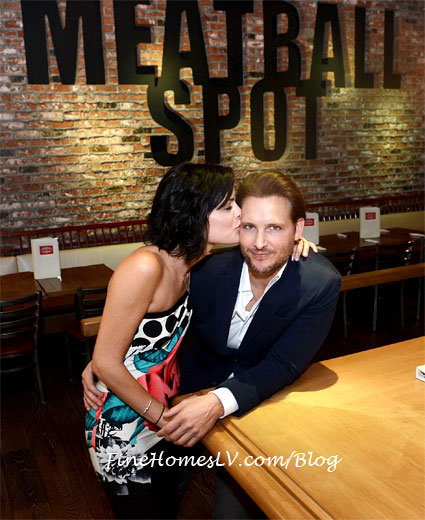 Jaimie Alexander Kisses Peter Facinelli