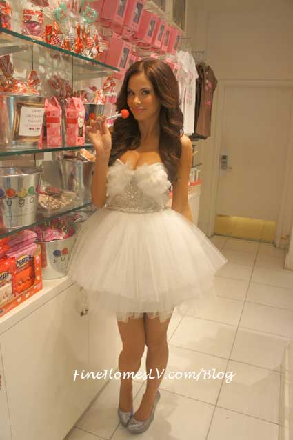 Jayde nicole at Sugar Factory