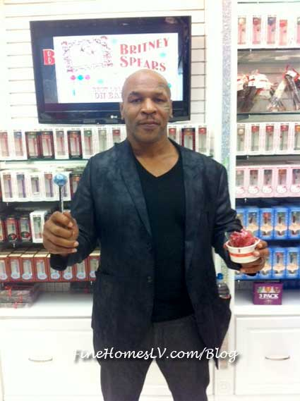 Mike Tyson at Sugar Factory Las Vegas