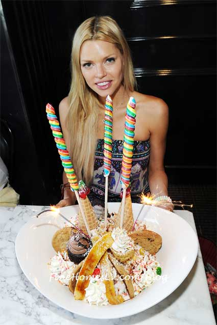 Sophie Monk and King Kong Sundae