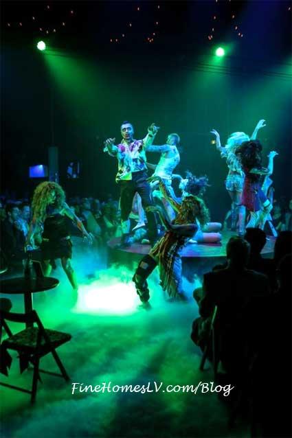 ABSINTHE Zombies Dance