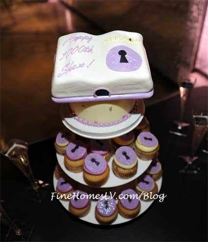PEEPSHOW 1,000 Show Cake