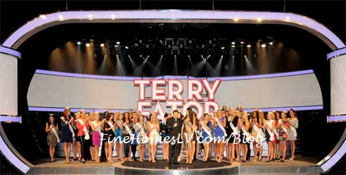 Terry Fator and Miss America 2013 Contestants