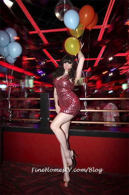 Claire Sinclair at Crazy Horse III