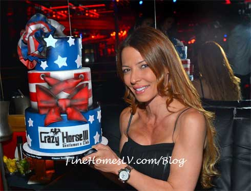 Drita DAvanzo With Cake