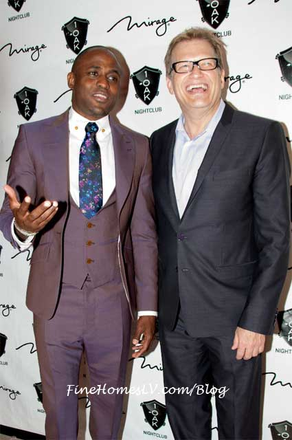 Wayne Brady and Drew Carey