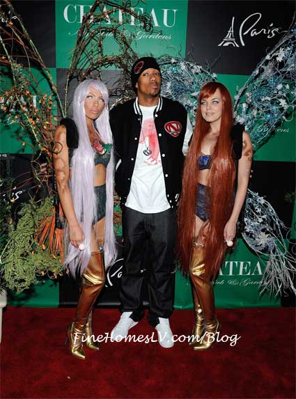 Nick Cannon With Butterfly Girls at Chateau Gardens