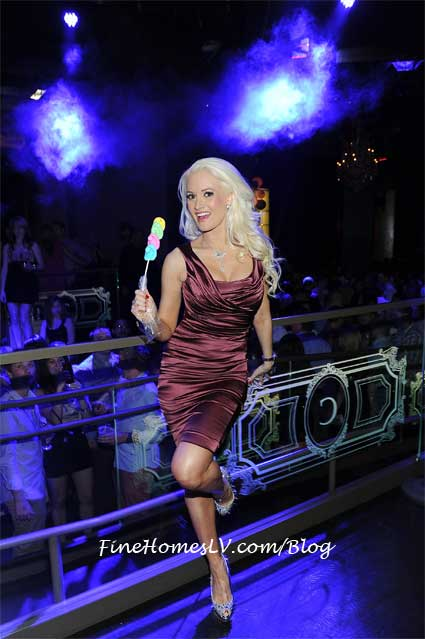 Holly Madison at Chateau Nightclub
