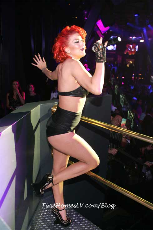 Neon Hitch at Chateau Las Vegas Nightclub