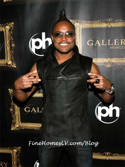 Apl.de.ap at Gallery Nightclub
