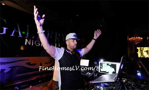 DJ Drama at Gallery Nightclub
