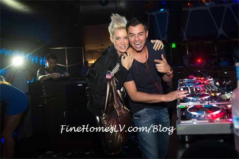 Mim Nervo and DJ Quintino