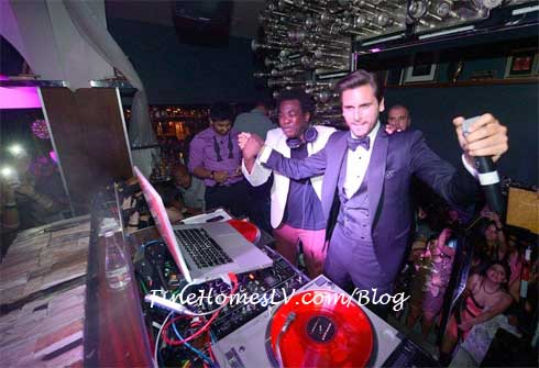Scott Disick and DJ Reach at Hyde Bellagio