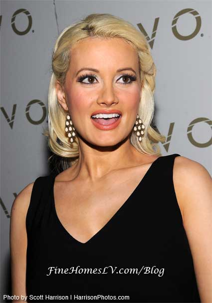 Holly Madison - Photo Gallery
