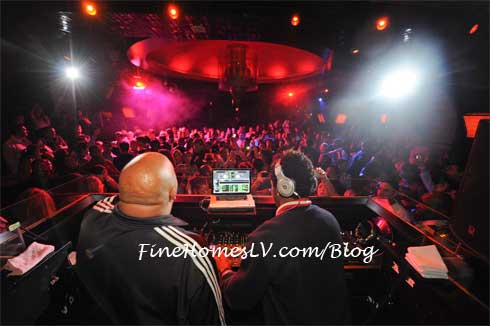 Rev Run and DJ Ruckus at LAVO Nightclub
