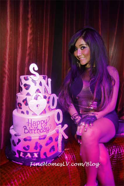 Snooki Birthday Cake