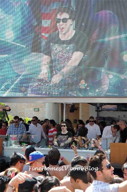 DJ Hardwell at Marquee Dayclub