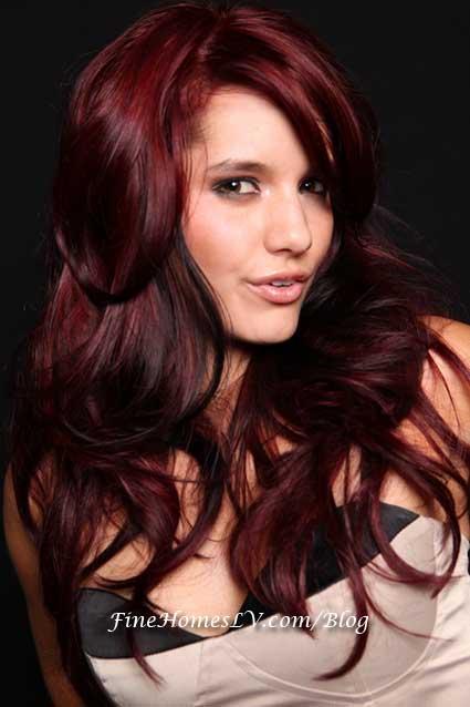 Nicole Larken