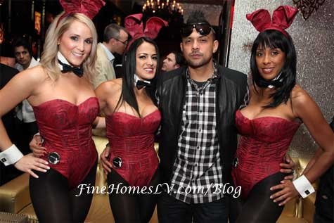 Sean Paul and Playboy Bunnies