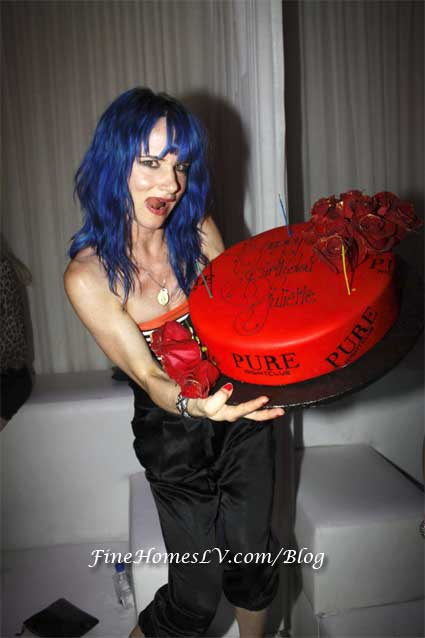 Juliette Lewis and Birthday Cake