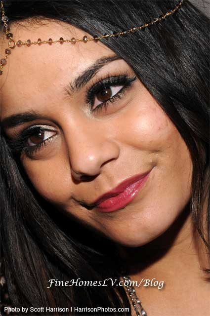 vanessa hudgens bangs. vanessa hudgens bangs. How To Get Vanessa Hudgens Bangs.