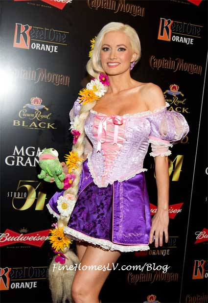 Holly Madison at Studio 54