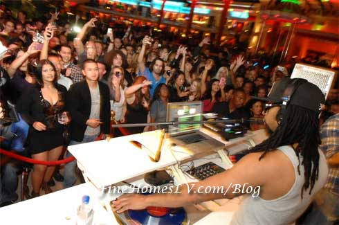 Lil Jon Spinning at Surrender