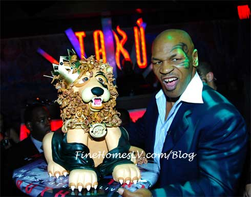 Mike Tyson With Lion Cake