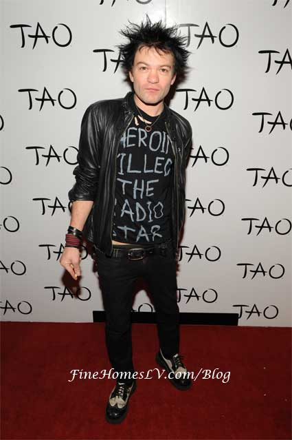 Deryck Whibley at TAO Nightclub