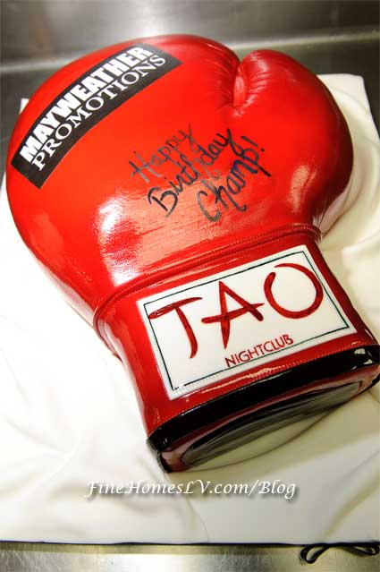 Floyd Mayweather, Jr. Birthday Cake