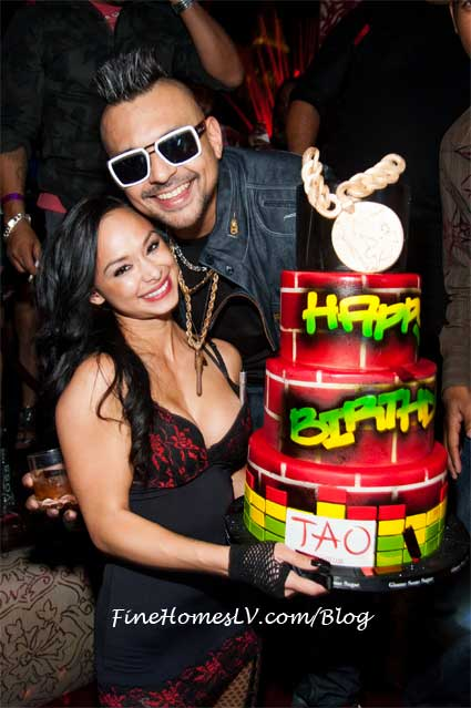 Sean Paul With Birthday Cake At TAO