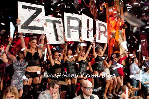 Z Trip Sign Ladies