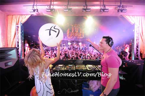 DJ Tiesto and Paris Hilton