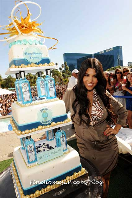 Kourtney Kardashian Birthday Cake