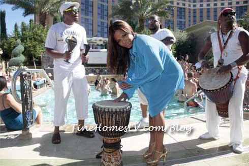 Christina Milian at AZURE Las Vegas Pool